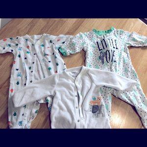 (5/$10) Carter's baby boy sleepers